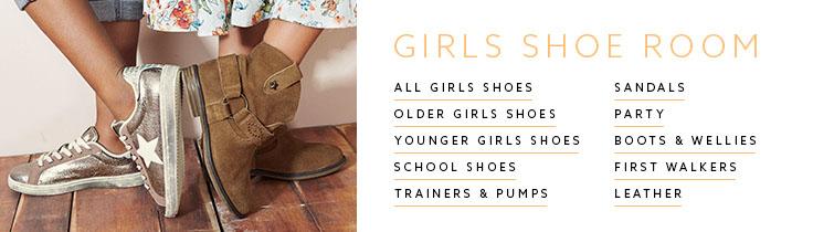 Girls Shoeroom