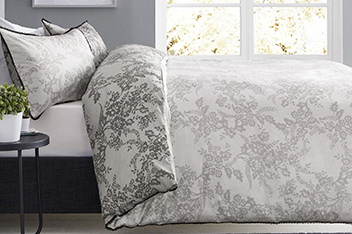 Lace Print Bed Set
