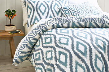 Ikat Geo Bed Set