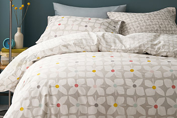 Retro Geo Floral Bed Set