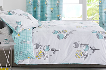 Retro Floral Bed Set