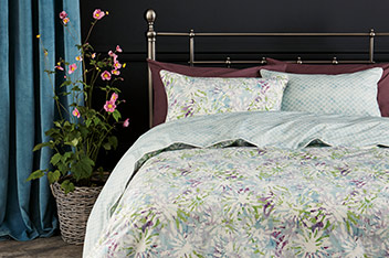 200 Thread Count Floral Digital Print Bed Set