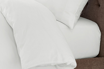 300 Thread Count Soft & Silky Egyptian Cotton Bed Set