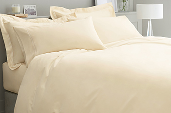 600 Thread Count Egyptian Cotton Sateen Bed Set