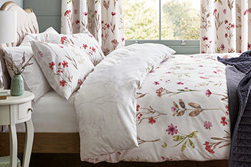 Watercolour Floral Bed Set