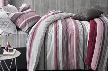 2 Pack Plum Geometric Stripe Bed Set