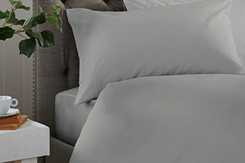 300 Thread Count Soft & Silky Cotton Bed Set