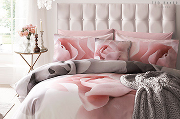 Ted Baker Porcelain Rose Duvet Cover