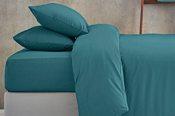 Cotton Rich Plain Dye Bed Set