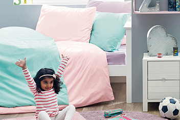Kids Easy Care Plain Dye Bed Set
