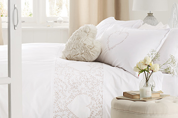 Dainty Embroidered Heart Bed Set