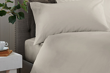 300 Thread Count Collection Luxe Bed Set