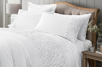 White Pleated Bed Set