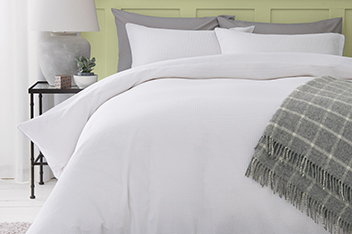 White All Over Waffle Bed Set