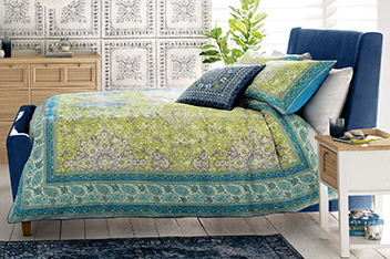 Cotton Textured Border Bed Set