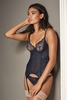 Signature Lace Non Padded Basque With Silk