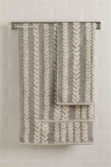Trailing Leaf Design Towel