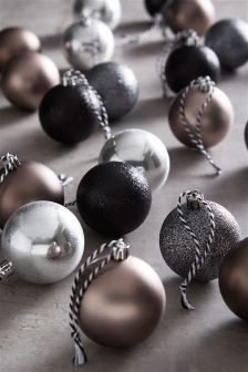 Set Of 20 Silver Shatterproof Baubles