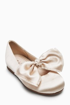 Bow Shoes (Younger Girls)