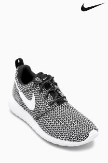 Nike Black/White Roshe One