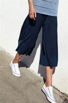 Cropped Wide Leg Plisse Trousers