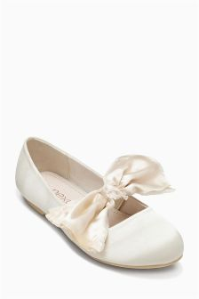 Bow Shoes (Older Girls)