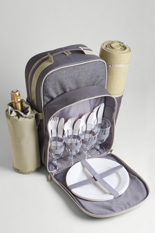 4 Person Country Filled Picnic Backpack