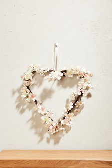 Hanging Blossom Heart