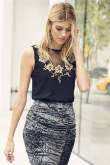Embroidered Bodycon Sleeveless Top