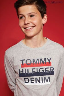Tommy Hilfiger Logo Long Sleeved T-Shirt