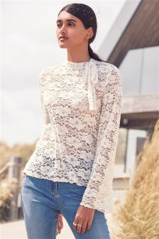 Cosy Lace Top