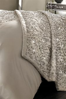 Kylie Helene Bed Throw