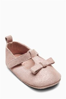Pram T-Bar Shoes (Younger Girls)