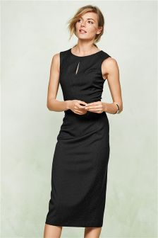 little black dress for tall women | Gommap Blog
