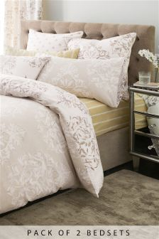 2 Pack Elegant Damask Bed Set