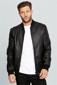 Black bomber jacket guys – Novelties of modern fashion photo blog