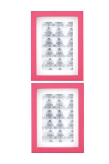 Set Of 2 Frames With White Mount