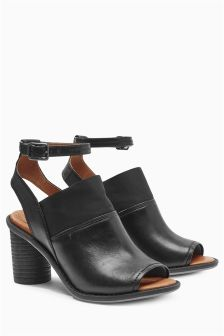 Signature Leather High Front Sandals