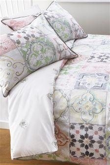 Cotton Rich Tile Print Bed Set