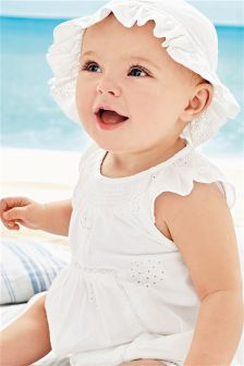 White Cotton Lace Romper And Hat Set (0mths-2yrs)