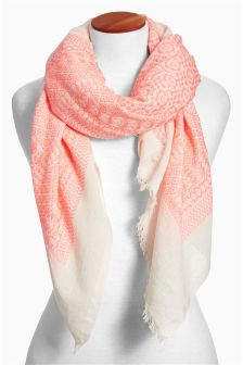 Coral Jacquard Pattern Scarf