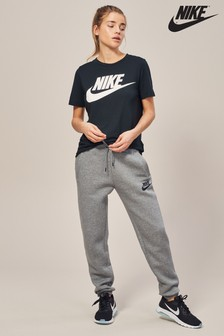 Nike Essential Tee