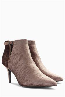 Velvet Point Shoe Boots