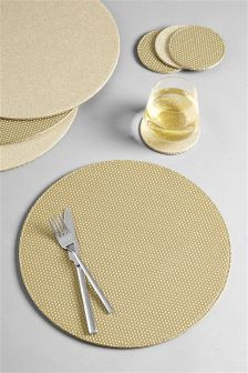 8 Piece Gold Reversible Mat And Coaster Set