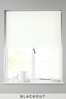 Blackout Studio* Roller Blind