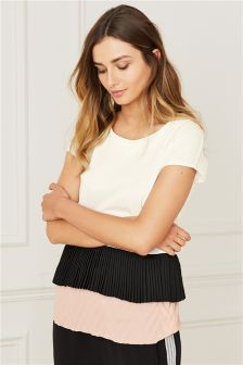 Pleated Bottom Top