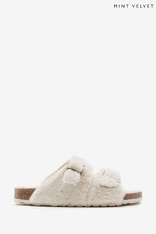 Barbour® Belsay Brogue Boot
