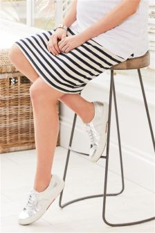 Maternity Textured Skirt