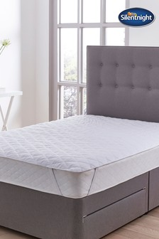 Silentnight Cooler Summer Mattress Protector