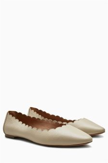 Forever Comfort Scallop Ballerinas